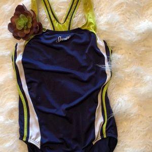 Speedo Girls one piece bathing suit